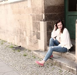Outfitpost: Spaziergänge mit Emma in neuen Schuhen und neuer Jeans