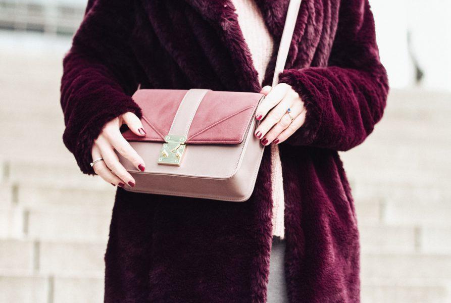 Fake-Fur-Mantel für kalte Tage